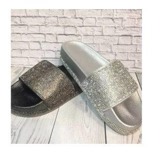 Slippers & pantoffels